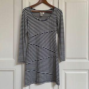 Max studio striped long sleeve dress